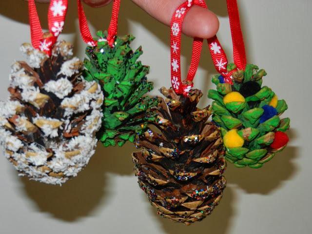 Αποτέλεσμα εικόνας για χριστουγεννιατικα κουκουναρια