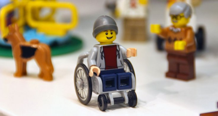 lego-wheelchair-figure