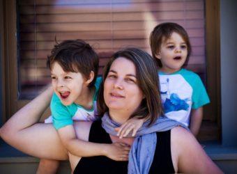 Little-Boys-Their-Mom-Photoshoot-Family-Photos-Mother-Son-004