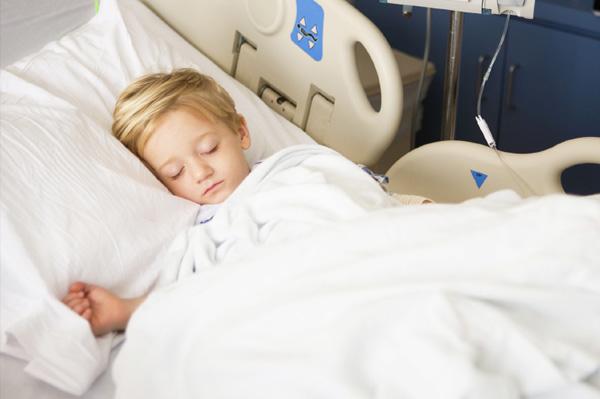 boy-in-hospital-with-meningitis