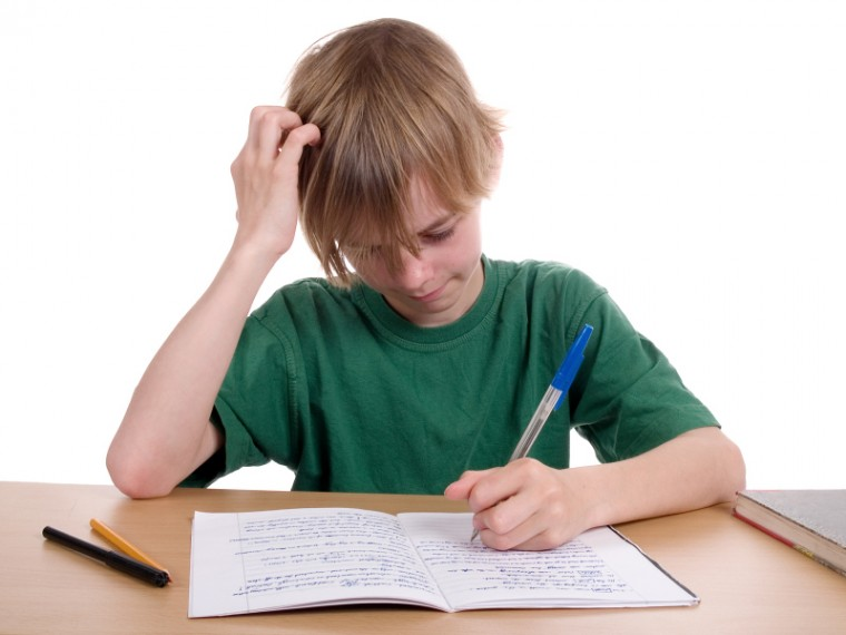 boy_doing_homework
