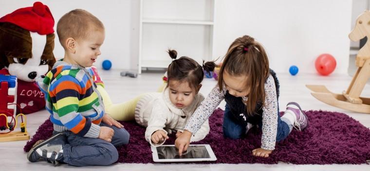 children-using-tablet-e1400693101378 (1)