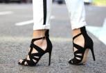 street_style-look-outfit-black_white-sandals-zara-blazer-red-jeans-hair_bun-sport_chic-trendy_taste-1look-additional-big1
