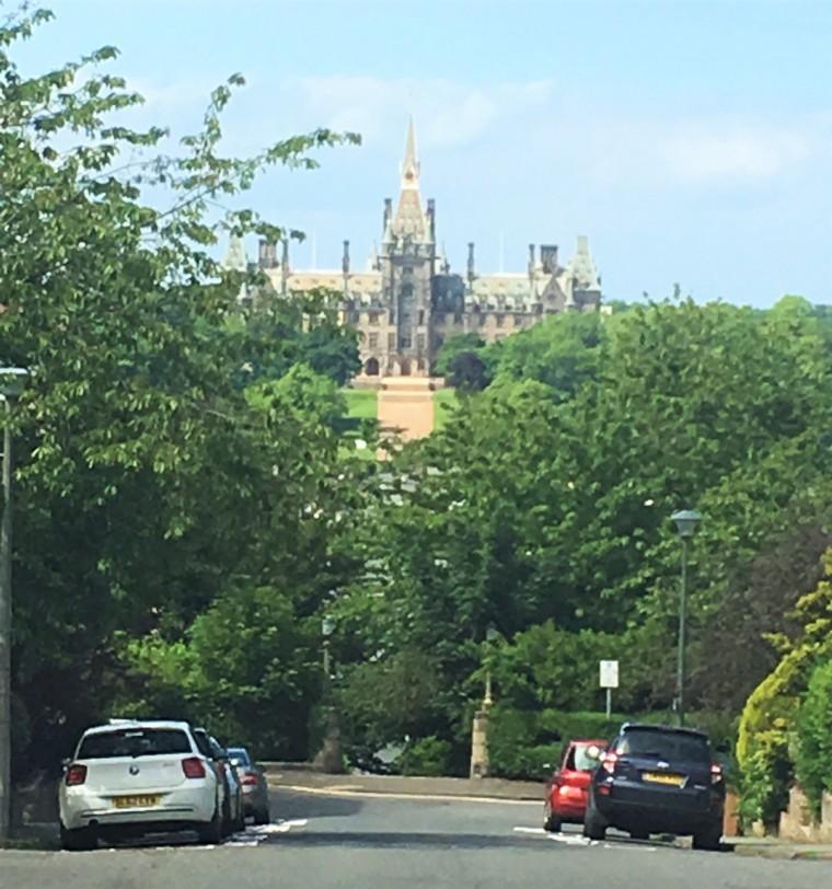 Fettes College, το κολέγιο που τελείωσε ο Tony Blair και κοιτούσε η Rowling όταν φανταζόταν το Hogwarts.