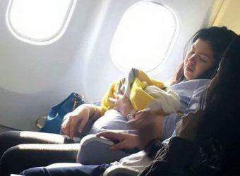 Τοκετός στο αεροπλάνο
