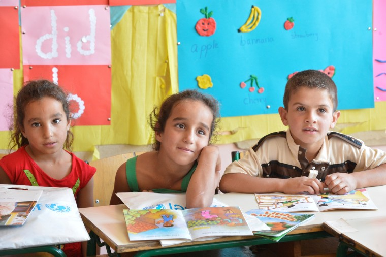 προσφυγόπουλα στο σχολείο