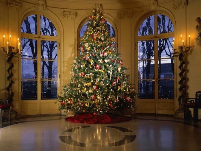 classy-christmas-tree