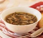 Αχνιστή μανιταρόσουπα για τα πρώτα… κρύα