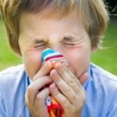 Παιδικές αλλεργίες: Τι πρέπει να γνωρίζετε