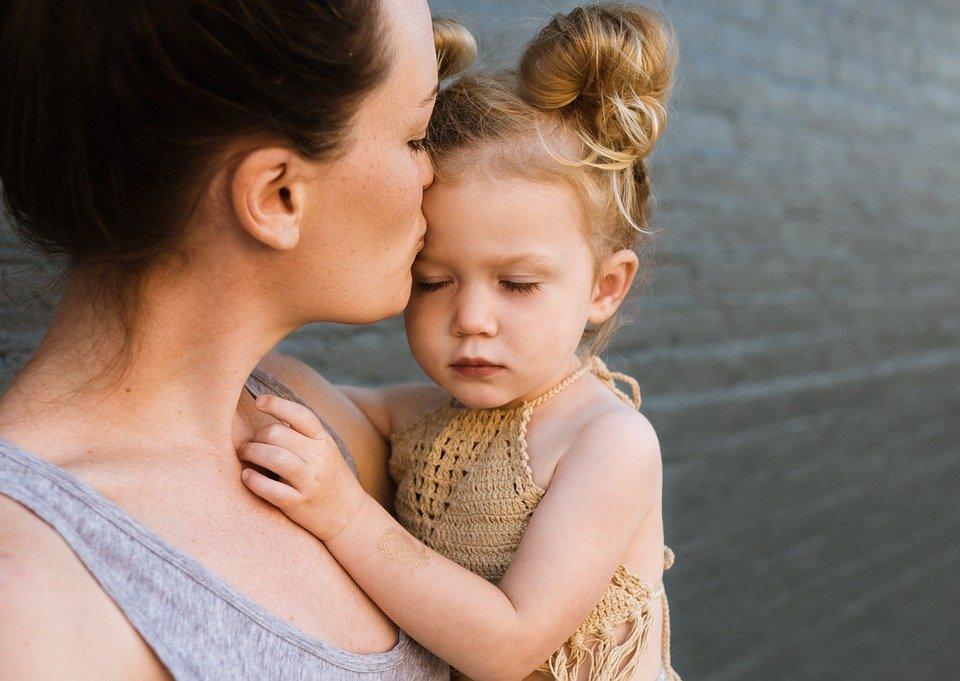 Ό,τι ομορφότερο έχει γραφτεί ποτέ για την μητέρα σε 14 υπέροχα αποφθέγματα!