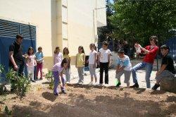Λαχανόκηποι σε 8 δημοτικά σχολεία του Αμαρουσίου