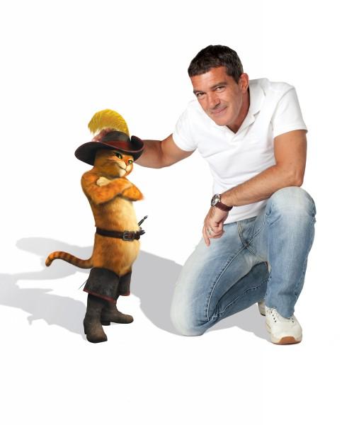 Σάλμα Χάγιεκ & Αντόνιο Μπαντέρας: οι φωνές πίσω από την ταινία Puss in Boots (Ο παπουτσωμένος γάτος)