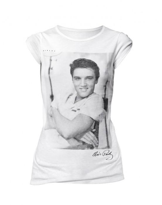 H Sisley δημιούργησε μία συλλεκτική συλλογή από t-shirts αφιερωμένη στον  βασιλιά του ροκ εν ρόλ 3ba130f5909