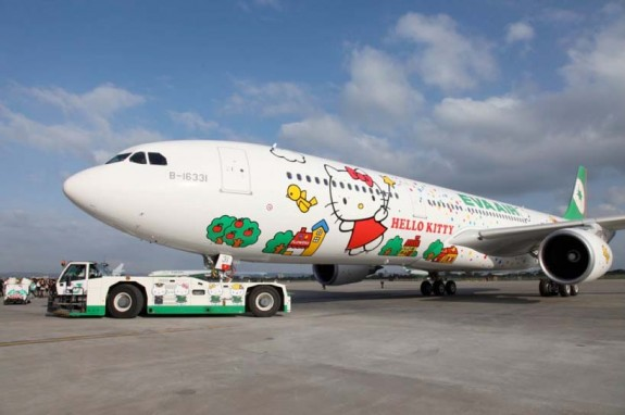 Η Hello Kitty πετά με EVA Air