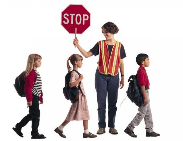 Μέτρα της τροχαίας και συστάσεις σε γονείς και Διευθυντές Σχολείων για τη σχολική χρονιά