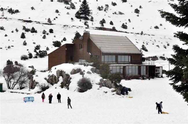 Tο χιονοδρομικό κέντρο Μαινάλου έτοιμο να μας υποδεχθεί!