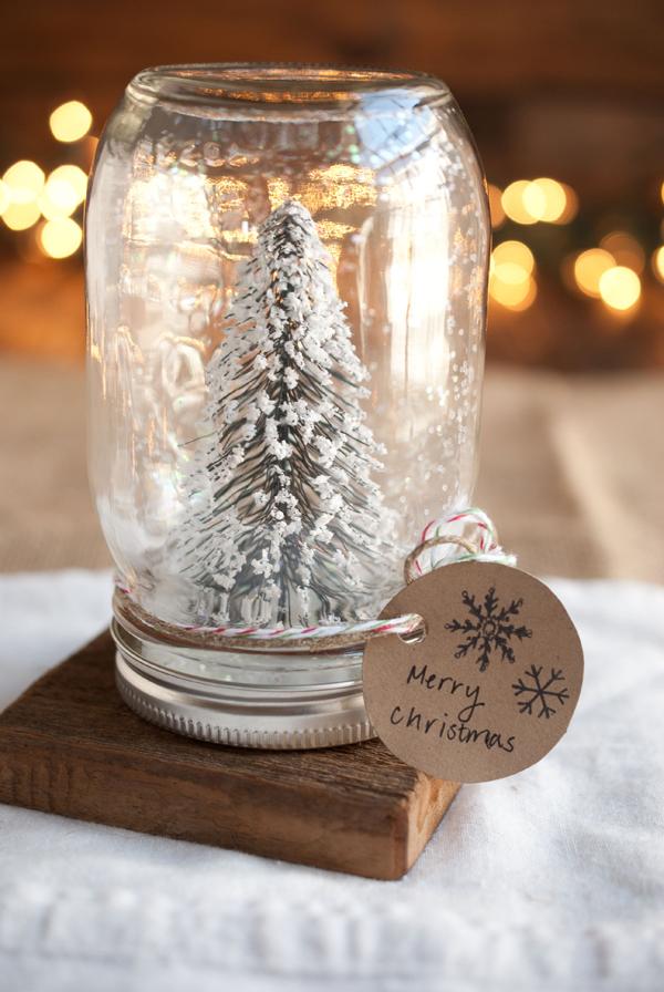 Κλείστε τη μαγεία των Χριστουγέννων σε ένα βάζο!