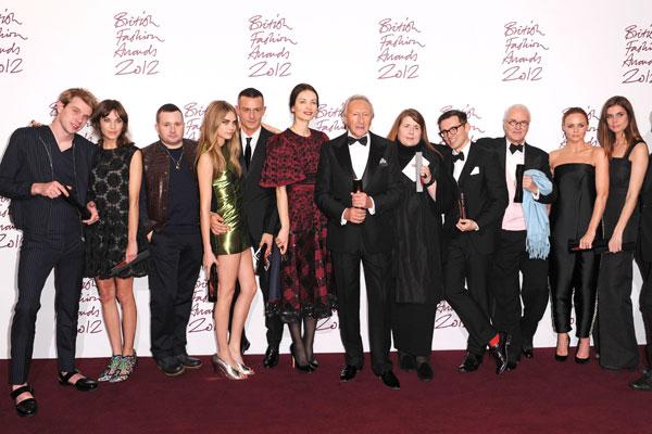 Τι είδαμε στα Βρετανικά Βραβεία Μόδας;