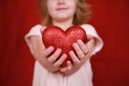 Ρεπορτάζ: Ανάδοχες οικογένειες – Γονείς από καρδιάς!