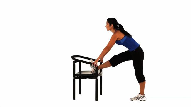 elevated-hamstring-stretch_-_step_1.max.v1