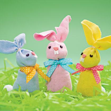 sock-hop-bunnies-spring-craft-photo-420-FF0310EFA20
