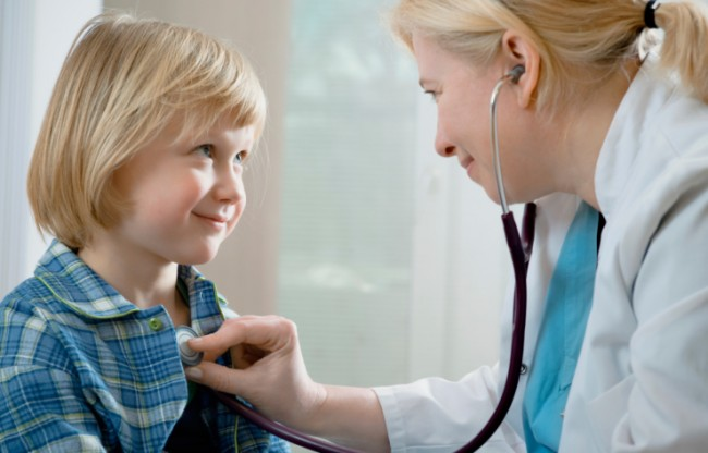 97559101-Child-at-doctors
