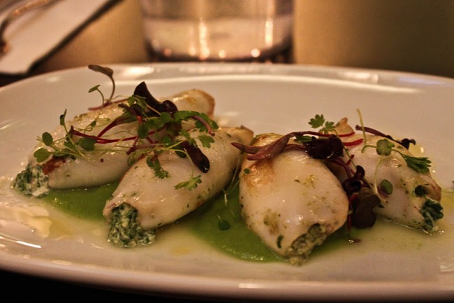 squid-stuffed-with-spinach-and-ricotta-cheese-05