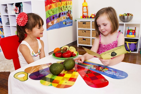 Children-with-Eating-My-Colourful-Vegies-and-Fruit