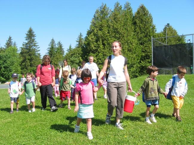 «Καλοκαίρι στην Αίγινα»: Δωρεάν κατασκηνωτικό πρόγραμμα για παιδιά ΑμΕΑ