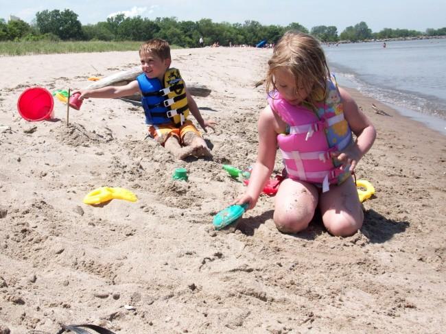 Η άμμος κρύβει κινδύνους για την υγεία των παιδιών