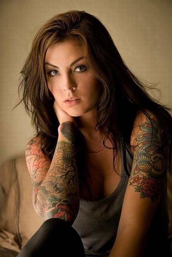 sexy-tattoo-girl3