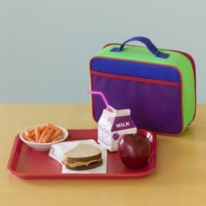 article-new-ehow-images-a07-s8-38-good-snack-foods-school-lunches-800x800