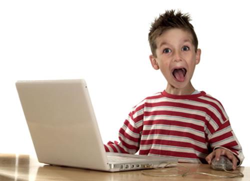 kid-on-computer-2