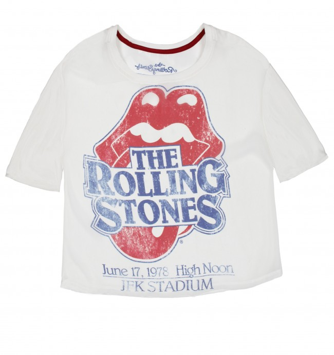 112df2fc8b6b Σας παρουσιάζουμε τα Rock T-shirts της Bershka!