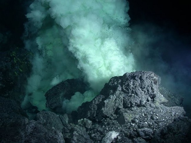 Tamu-Massif-large-volcano-discovered-on-Earth1