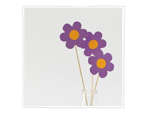 paper-crafts-for-kids-flower-sticks