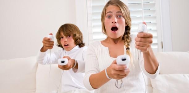 91753800-Kids-playing-Nintendo-Wii-612x300