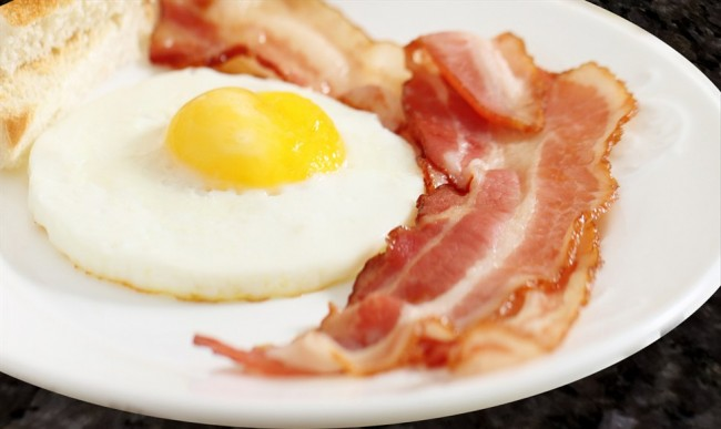 l2-grill-bacon-and-eggs