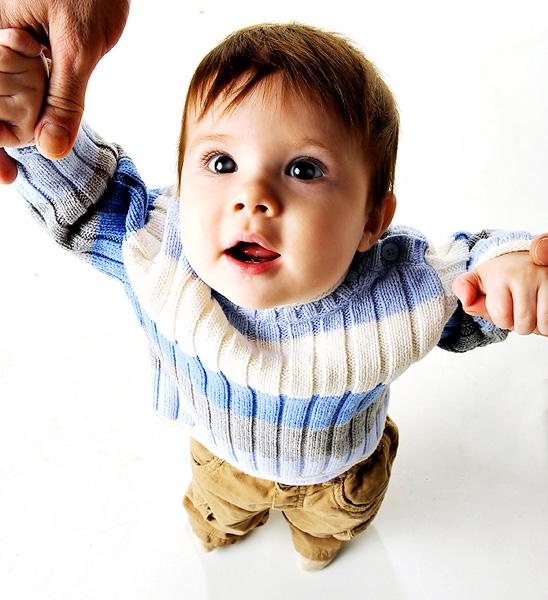 Το παιδί μου έγινε 12 μηνών και δεν περπατάει ακόμα. Υπάρχει λόγος ... 3ea4e37a1fc