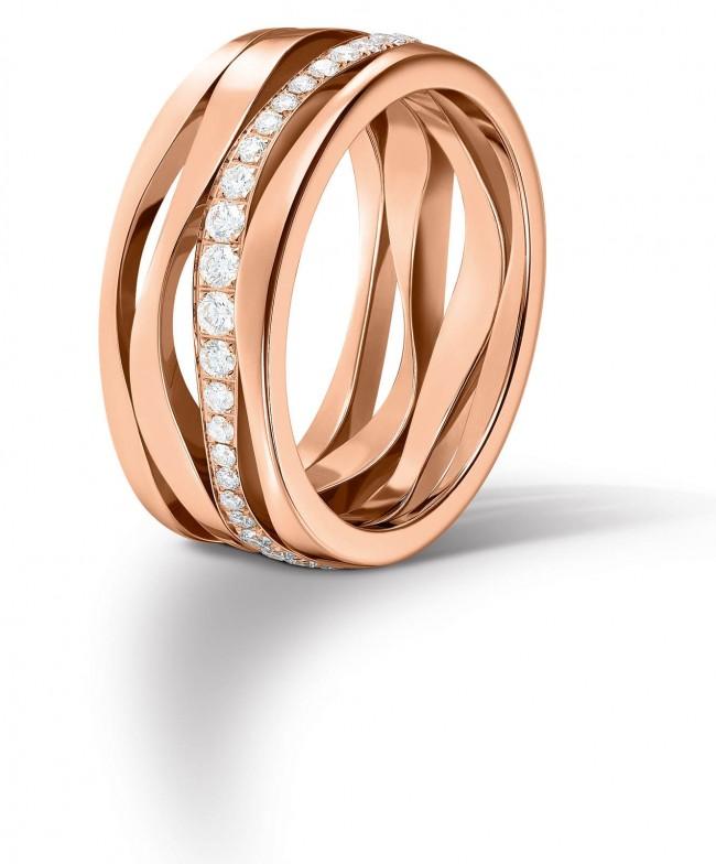 Omega_Ring_Ladymatic