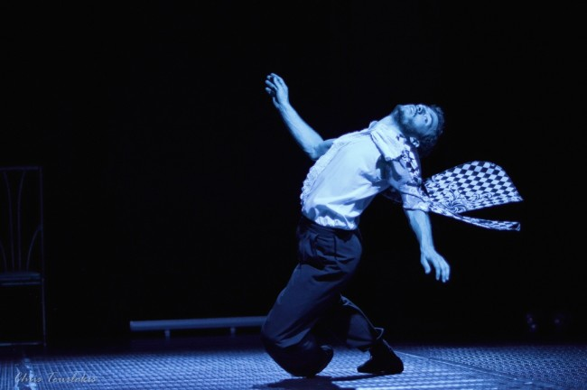 oi 3 swmatofulakes sth monh lazaristwn k video dance 082