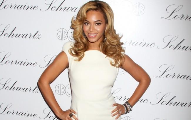 Beyonce-Knowles-white-dress