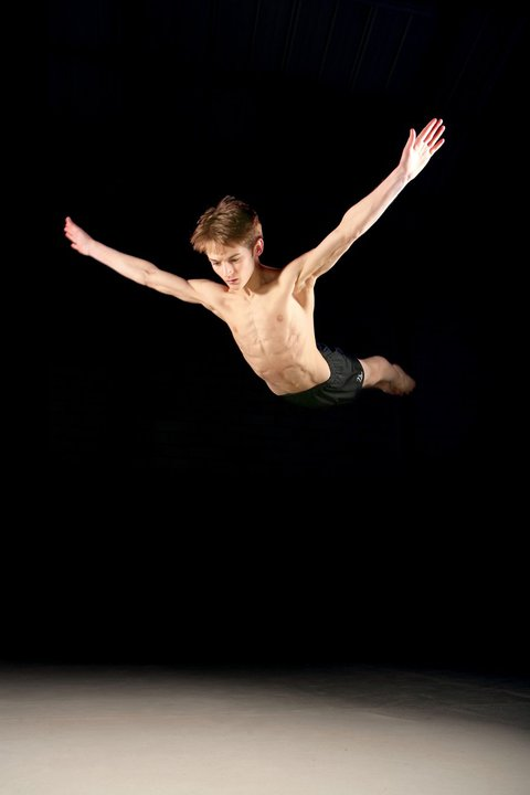 muscular-teen-boy-acrobatic-gymnast-spelbound-mike-shirtless-naked-torso-flying-action