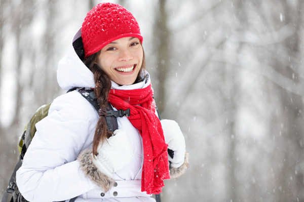 pregnant-woman-in-snow