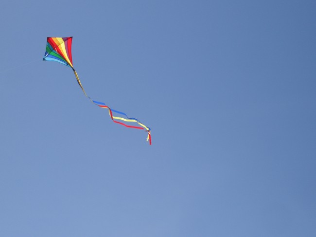 Kite_by_Juzzi_Juzzi