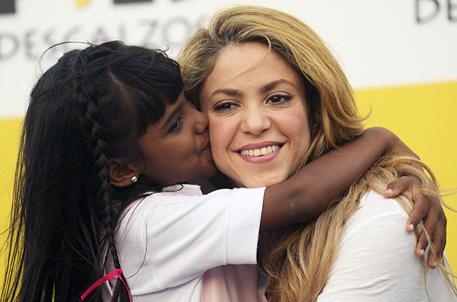 shakira-school-inauguration-colombia-650-430