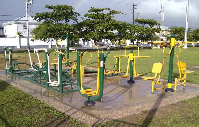 Lange-Park-Outside-Gym