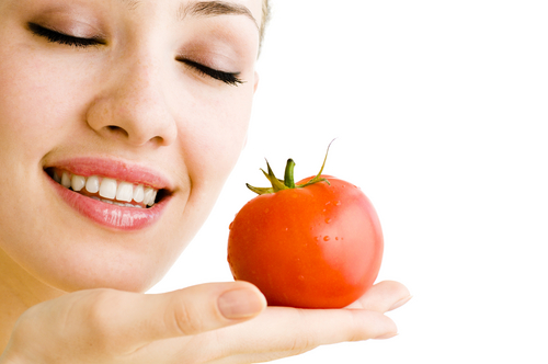 Tomato-scrub-for-face