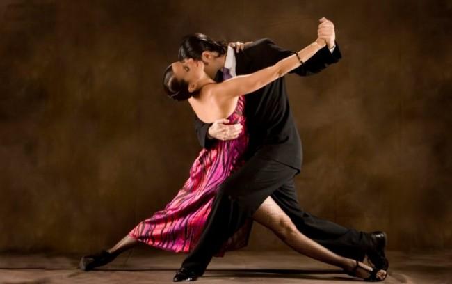 argentine-tango-700x440