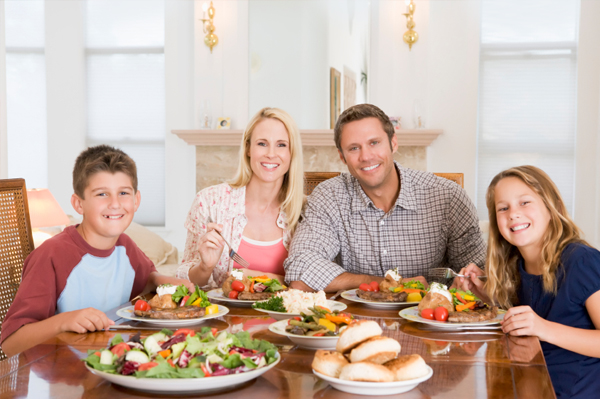 family-meal-at-dinner-table